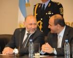 El titular de la cartera sanitaria, Juan Manzur, junto al gobernador de Formosa, Gildo Insfrán.