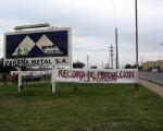 Los trabajadores de la empresa metalúrgica esperan que se solucione el conflicto.