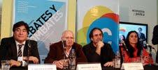 Debate sobre política y cultura.