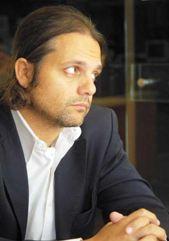 Marcelo Peretta, Doctor en Farmacia y Bioquímica de la Universidad de Buenos Aires.