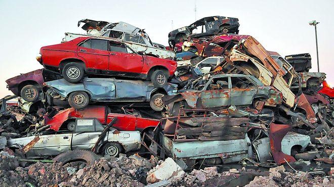 Los Autos Abandonados En La Ciudad El Mensajero Diario