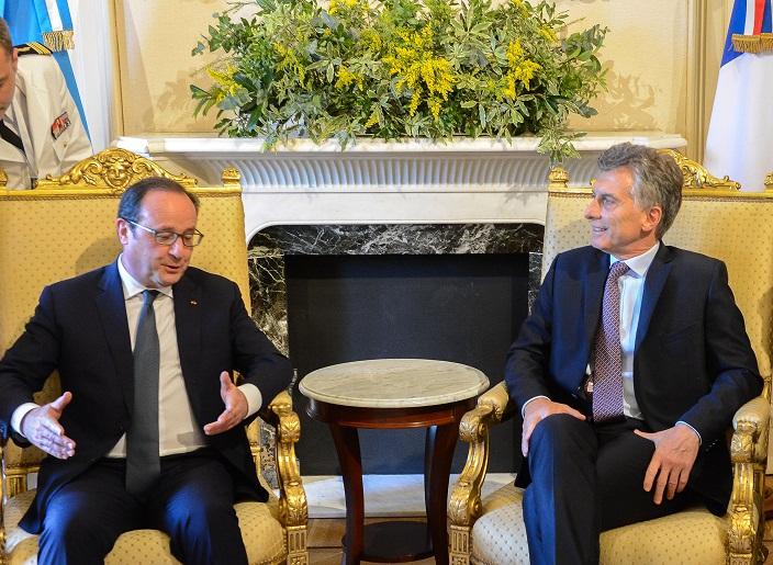 Macri_con_Hollande2